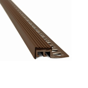 Protector Escalon Borde PVC Marron 10x18mm 2,5ml 917